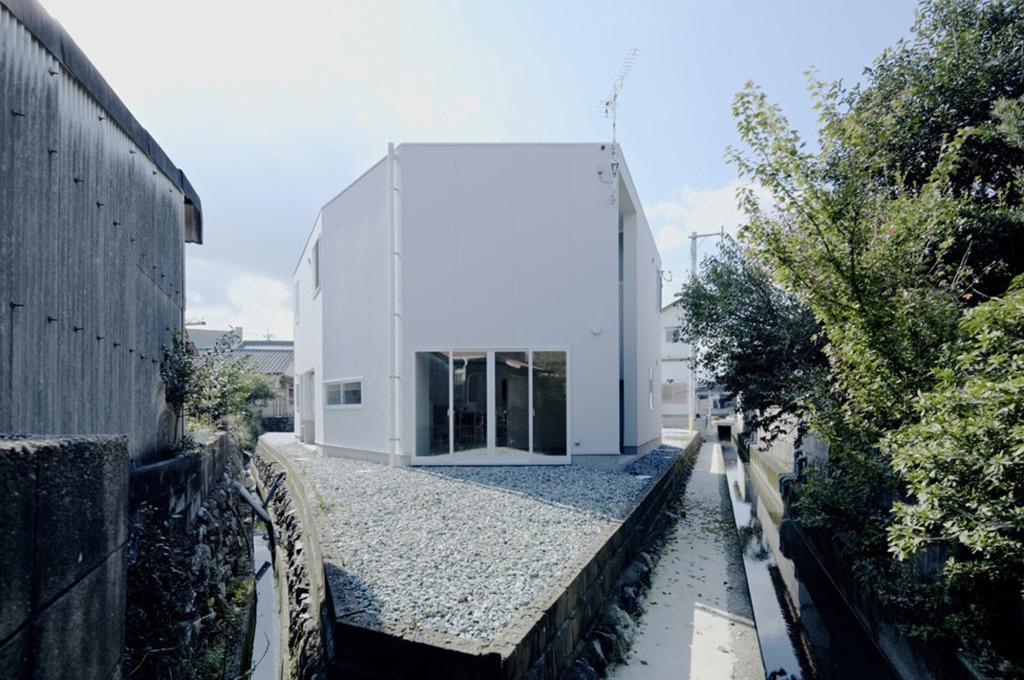 53c8d541c07a805e08000218_house-in-iizuka-rhythmdesign_iizuka_0172